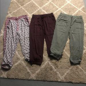 3 pair of American Eagle pants